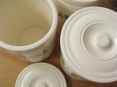 陶器キャニスター